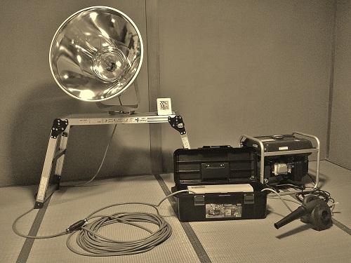 ライトトラップ機材.jpg